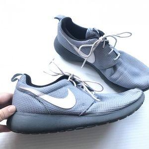 Nike Gray Blue Roshe Sneaker Tennis shoes